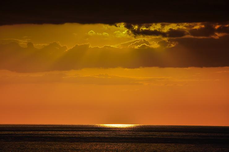 Les magnifiques reflets du soleil de Playa Ancon... Juste être là