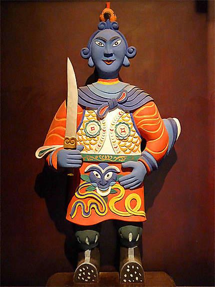Statuette au musée de Dali