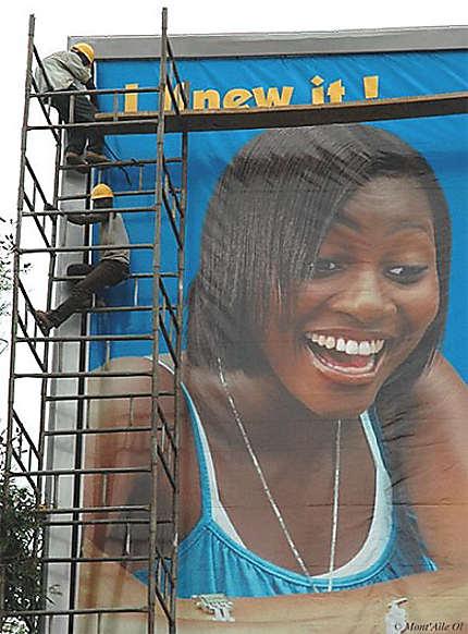 Publicité, Accra
