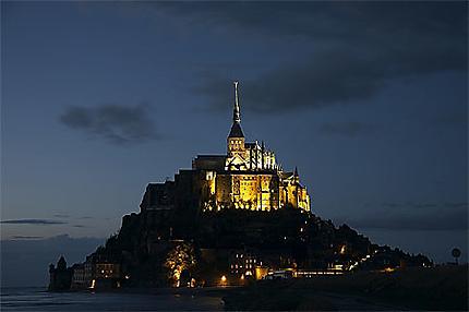 Nuit sur le Mont Saint-Michel