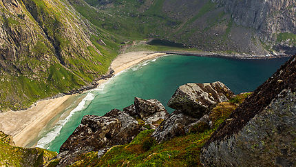 Baie des baleines, plage de Kvalvika