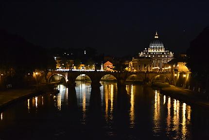 Saint Pierre de nuit