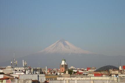 Puebla... et le Popocatépetl.