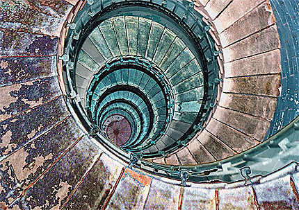 L'escalier du phare d'Ekmulh