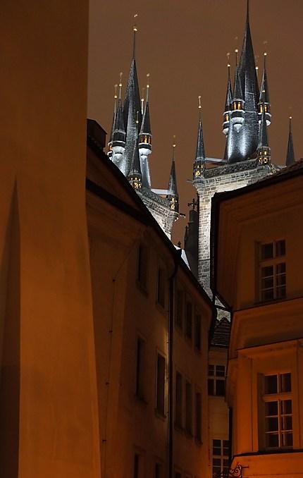 Clochers de Notre-Dame-du Tyn à Prague
