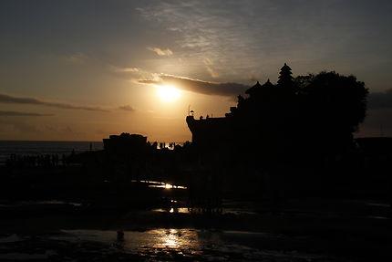 Coucher de soleil sur le Tanah Lot