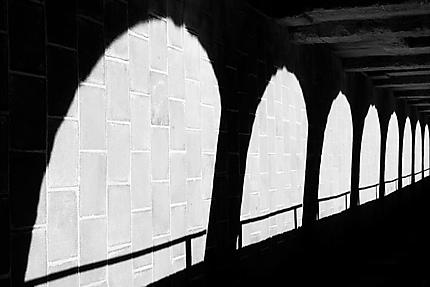 Marseille - Ombres de la Galerie des Officiers