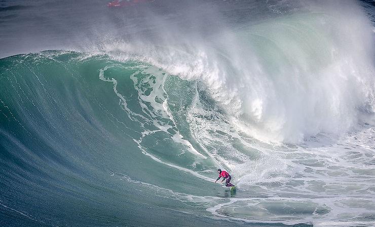 Surf à Nazaré, Portugal
