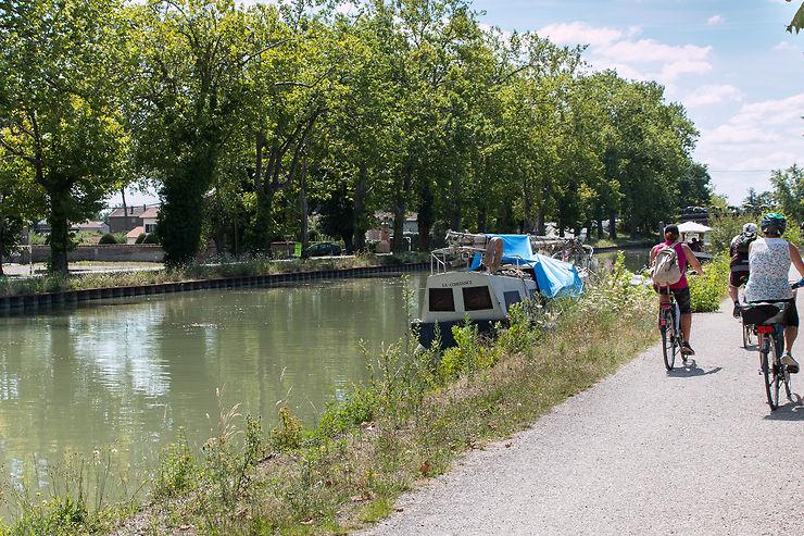 Le canal des Deux-Mers à vélo, de Montauban à Royan