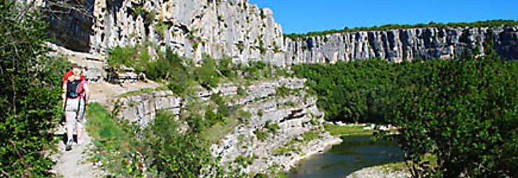 Au vert, dans les gorges de l'Ardèche