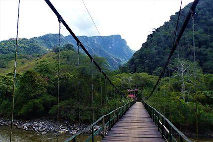Le paradis, un peu plus loin, Pérou