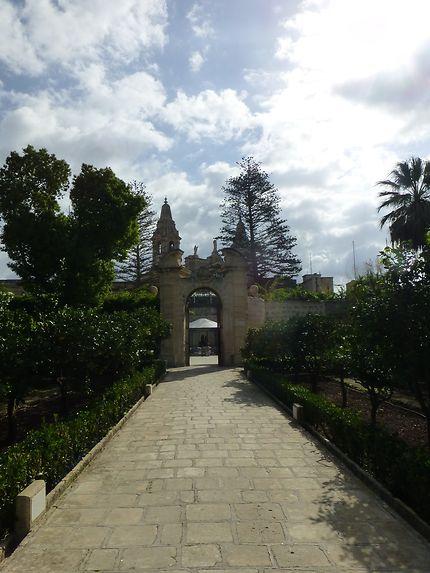Porte du jardin