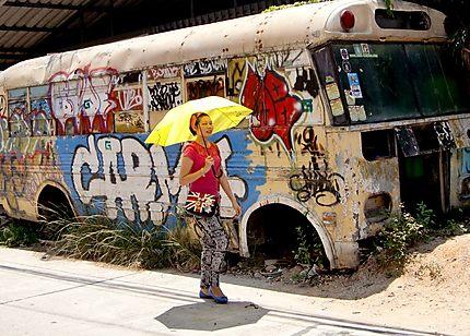 Vieux bus abandonné