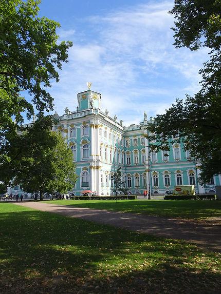 Façade ouest du musée de l'Ermitage