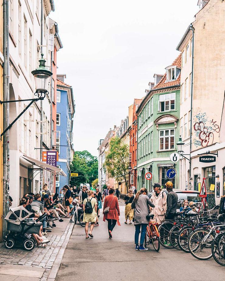 Le hygge en plein air : Copenhague, entre ruelles et jardins