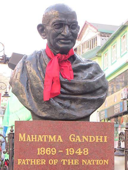 Buste de Gandhi à Gangtok