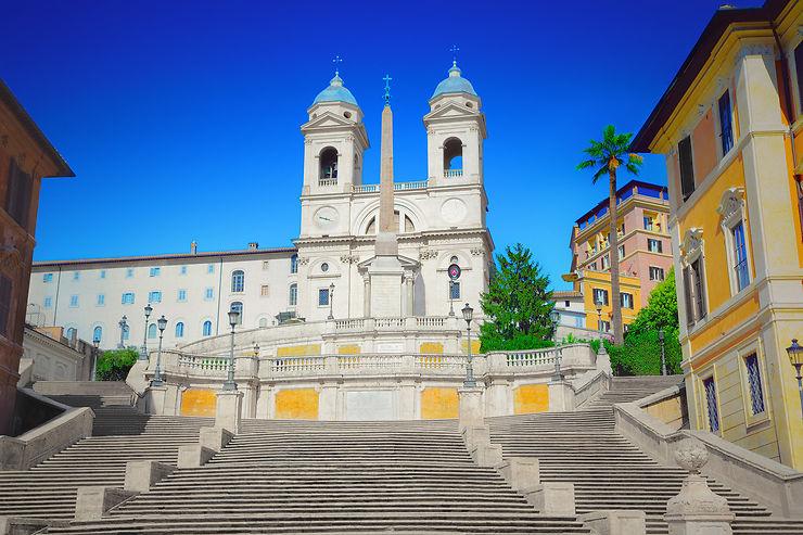 Rome - Interdiction de s'asseoir sur l'escalier de la place d'Espagne