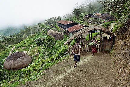 Entrée d'un village