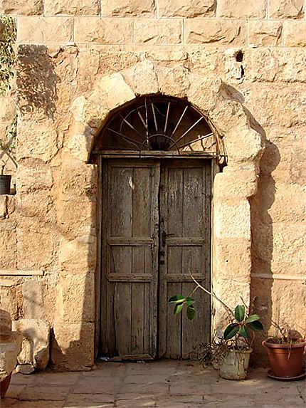 Maison ancienne, vieille ville de Madaba