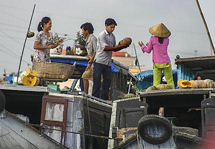 Le marché flottant