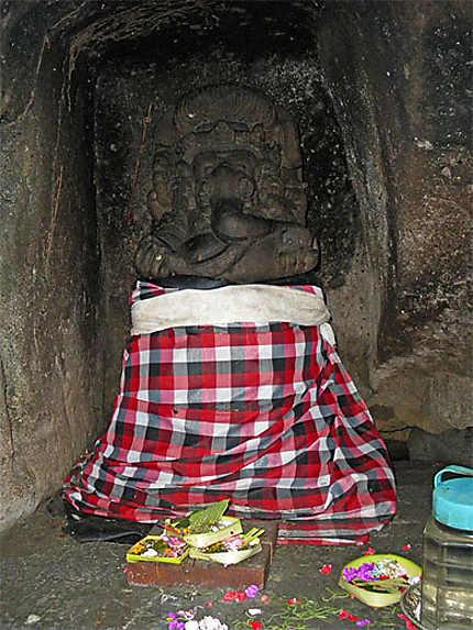 Ganesh, abrité dans la grotte de l'éléphant au temple de Goa Gajah