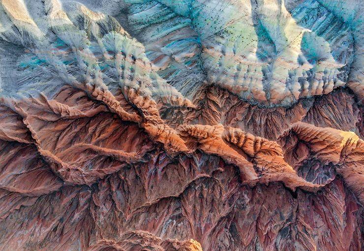 Montagnes colorées, Changji city, Xinjiang, Chine