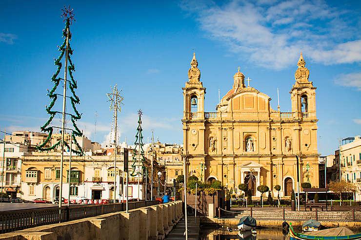 Dubrovnik, Malte, les Baléares : marchés, crèches, concerts...