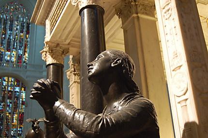 Statue représentant la foi