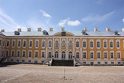 Cour du Palais de Rundäle