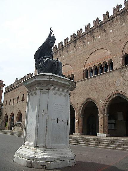 Rimini place Cavour