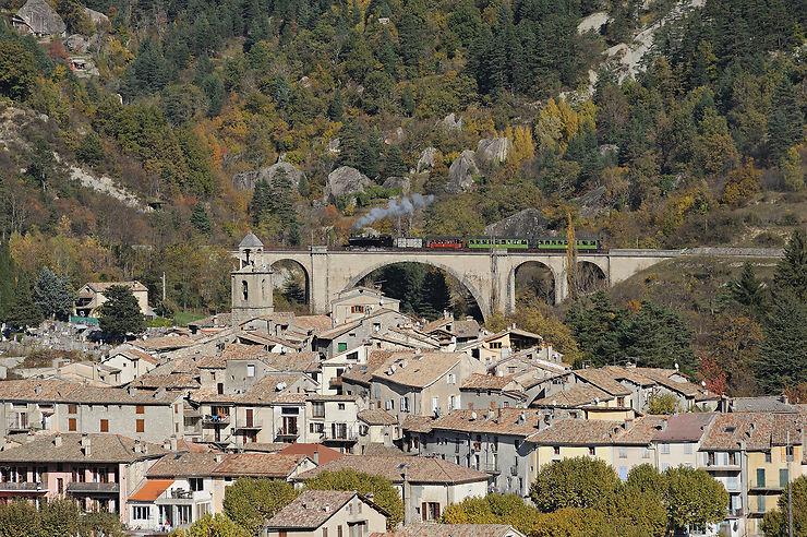 Train des Pignes (Alpes-Maritimes, Alpes-de-Haute-Provence)