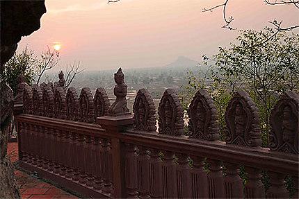 La nuit tombe sur Battambang