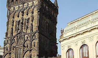 Tour Poudrière (Prašná věž Mihulka)