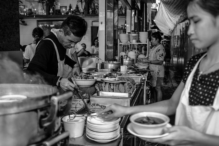 Street food à Bangkok, Thaïlande, par baba1700