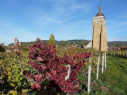 Eglise d'Arbois en automne