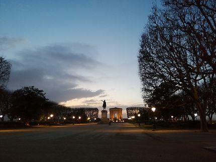 Le Peyrou au coucher de soleil