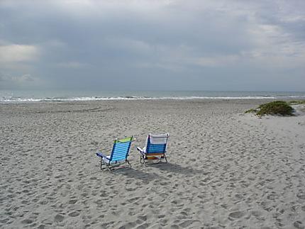 Plage désertée de Cocoa Beach