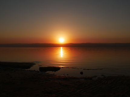 Coucher de soleil à la mer Morte