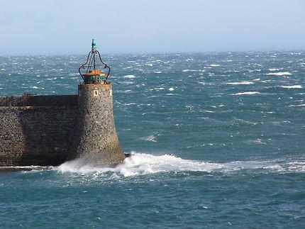 Phare tribord de l'entrée à Collioure