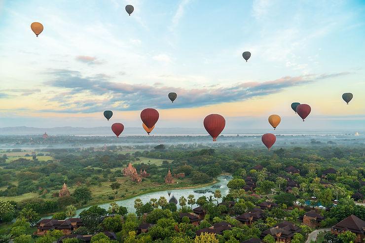 La Birmanie, pays des montgolfières