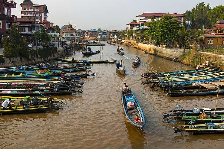 Nyaung Shwe, où dormir et embarquer