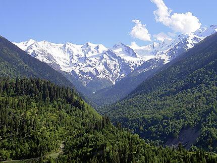 Le sommets du Caucase depuis Ushguli