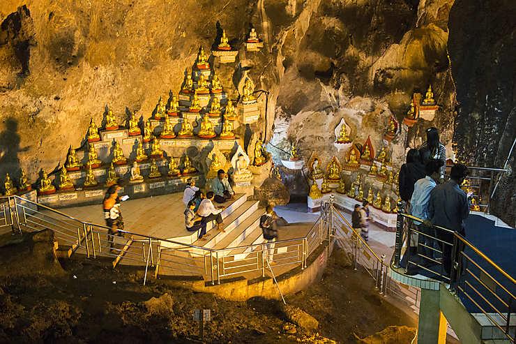 Pindaya et ses grottes aux 10 000 bouddhas