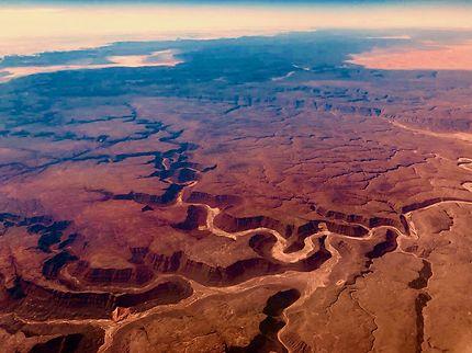 Magie du désert du Sahara vu du ciel