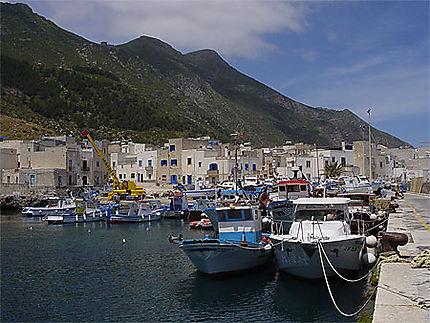 Le port de Marettimo