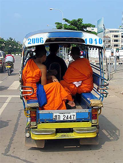 Circulation à Vientiane