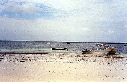 Plage au sud de Mombasa