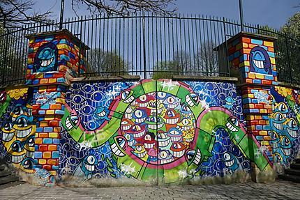 Street Art dans un jardin