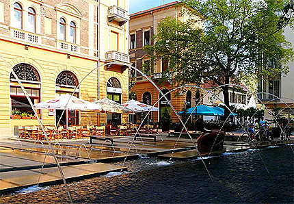 Debrecen Place Hal Köz