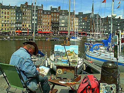 Les peintres à Honfleur, près du port